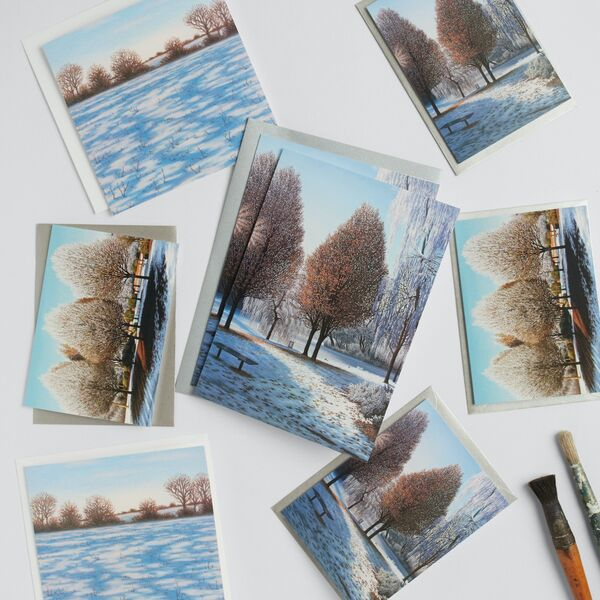 Set of 8 Staffordshire Winter Greetings Cards in gift bag
