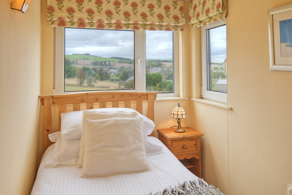 Second bedroom with views over the hills