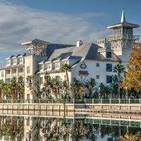 Celebration Hotel and Lake