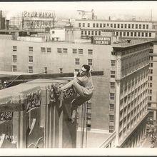 Harold Lloyd in Feet First
