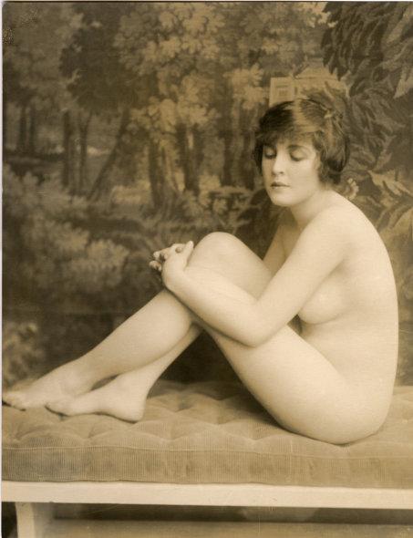 USA pictorialist Art Nouveau  studio portrait