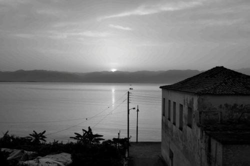 Sunrise, Petalidi