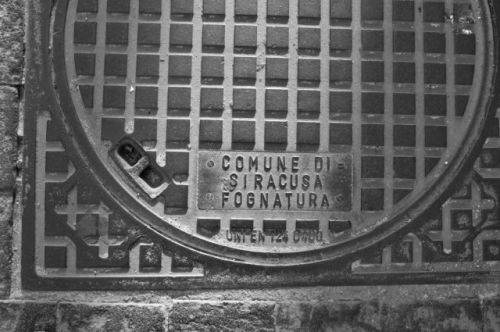 Manhole cover, Syracusa