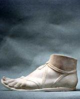 A060 Piede con sandalo