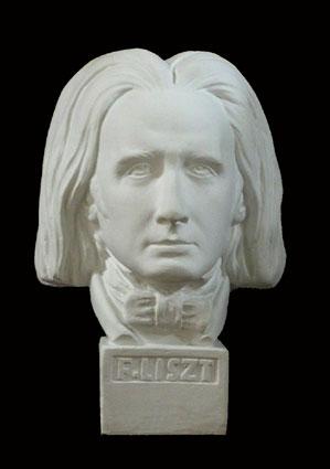 B108 Franz Liszt - Compositore e  grande pianista
