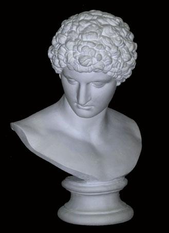 B126 Antinoo Capitolino