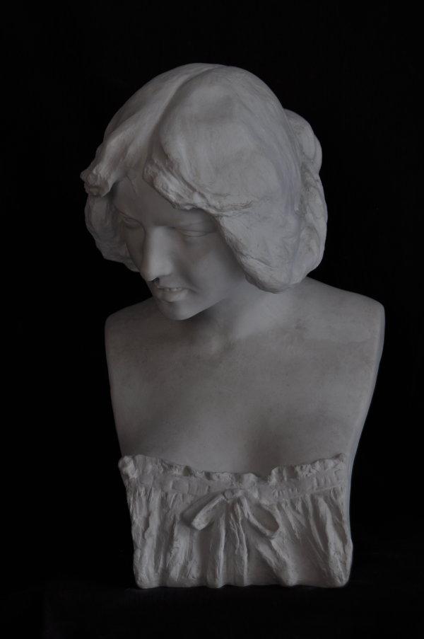 B089 Busto Femminile 1900