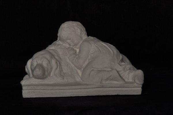 S101 Bimbo che dorme su cane