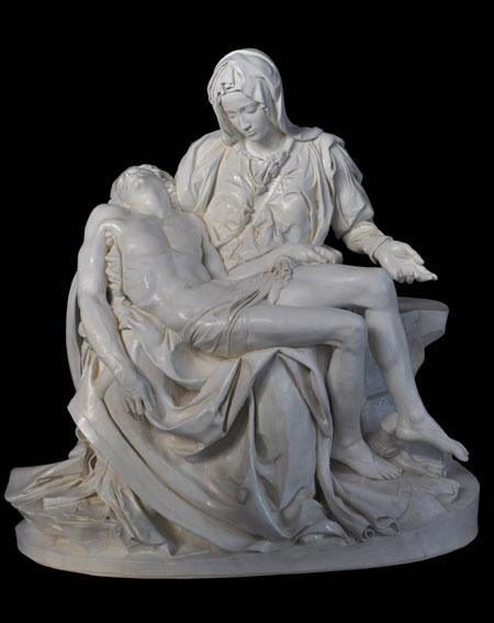 S214 Pietà di Michelangelo - San Pietro