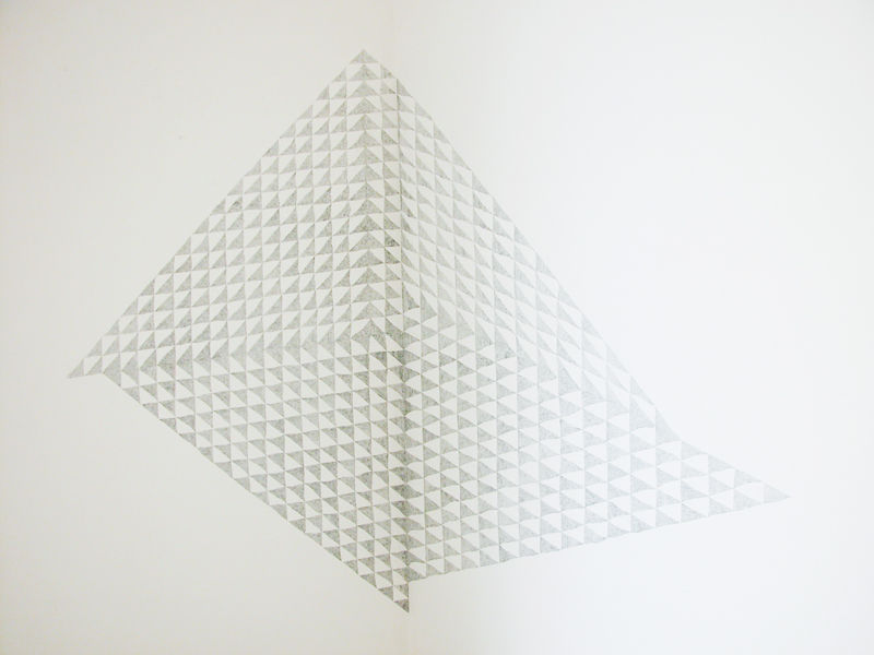 Untitled(Walldrawingno.3),2012,graphitepencilonwall,150x200cmca. Drawingproducedon siteatGalleriad'ArteContemporaneainCalasetta(Italy)fortheexhibitionTowardsaNew Abstraction.
