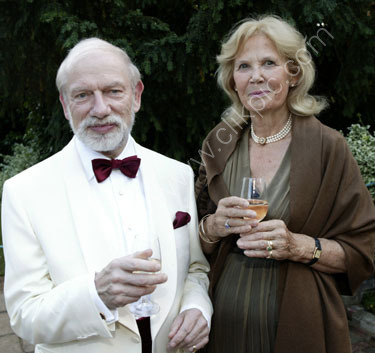 Sculptor Phillip Jackson with wife Jean