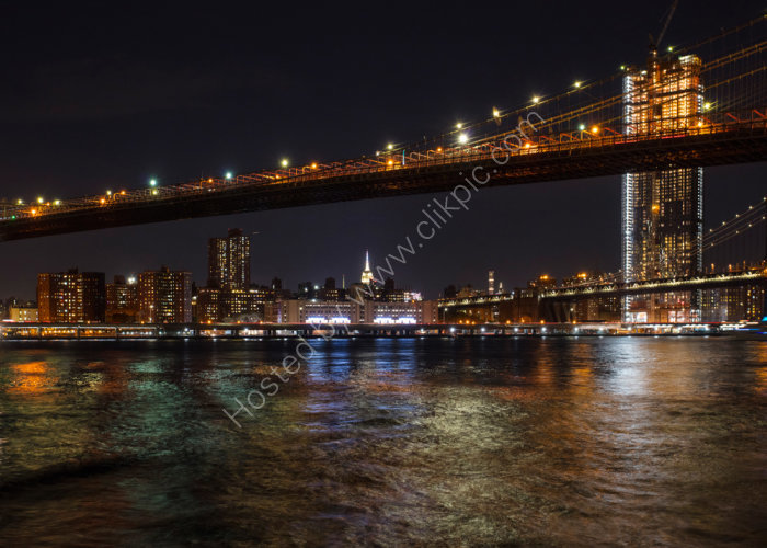 Brooklyn Bridge Light Show