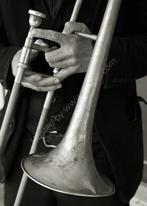 Jazz in C (b&w)