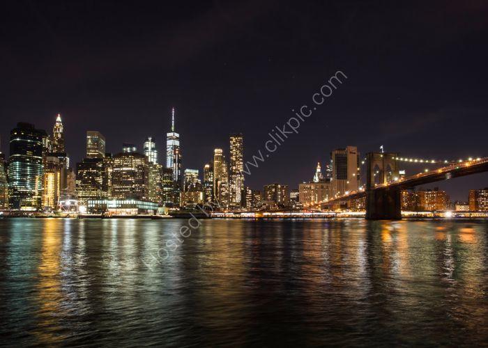 Manhattan and Brooklyn Bridge Light Show