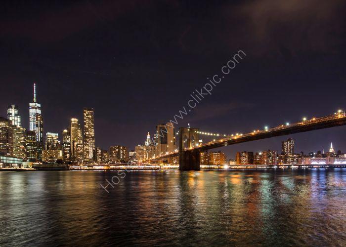 Manhattan and Brooklyn Bridge Light Show 2