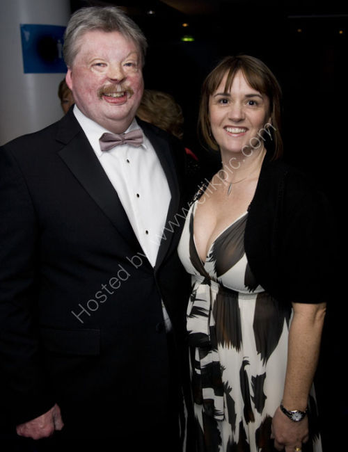 Simon Weston and wife