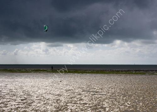 Storm Kite