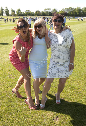 Divot Divas at Cowdray Park!