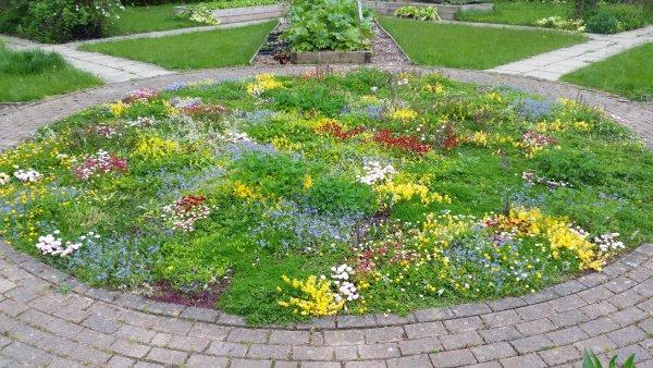 Myerscough Kitchen Garden Tapestry Lawn 2016