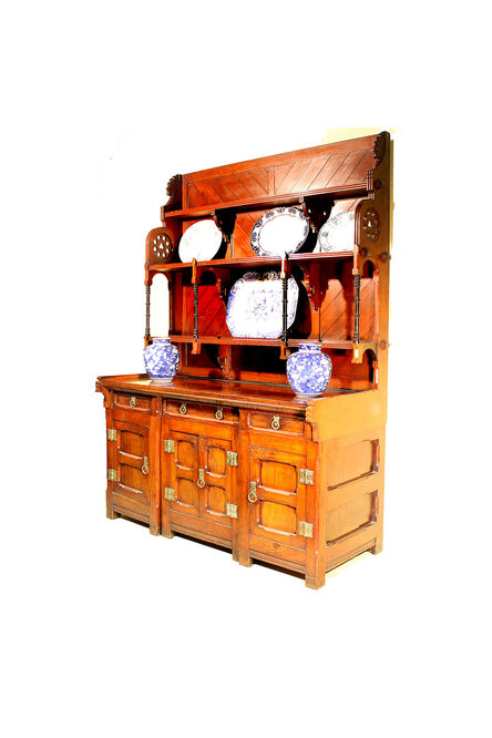 Arts n craft dresser