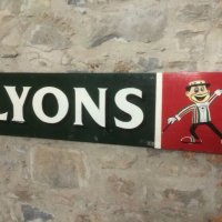 lyons sign