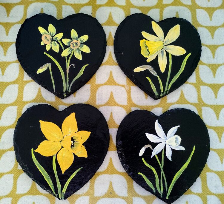 Slate, spring, yellow, gift, mother's day.