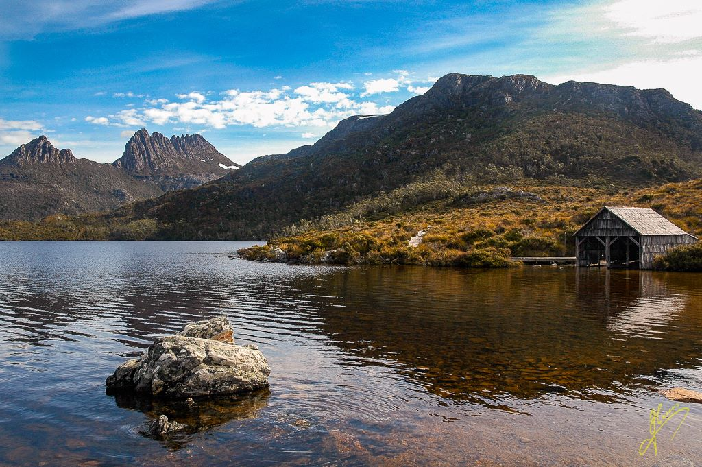 Dove Lake and Cradle Mountain, Tasmania.