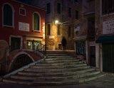 Honours CO Godfray Guilbert Venetian steps