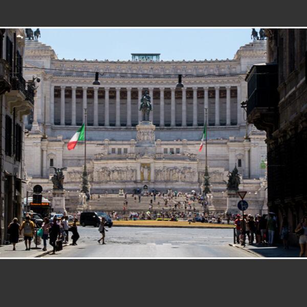 Vittorio Emanuele Monument - Rome