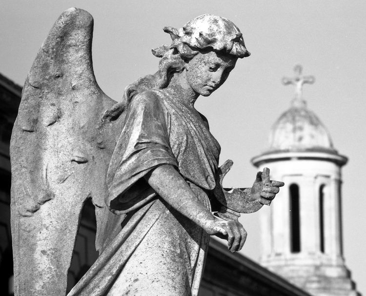 Angel, Brompton Cemetery, London