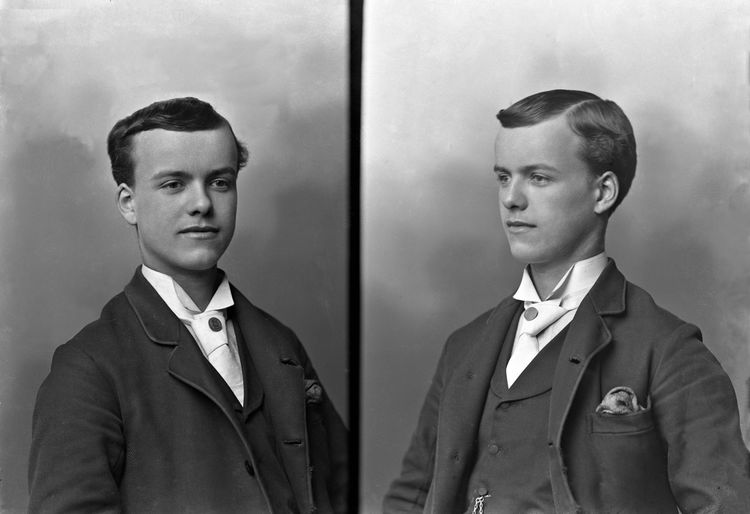 Double portrait of a young man, Scotland c.1898