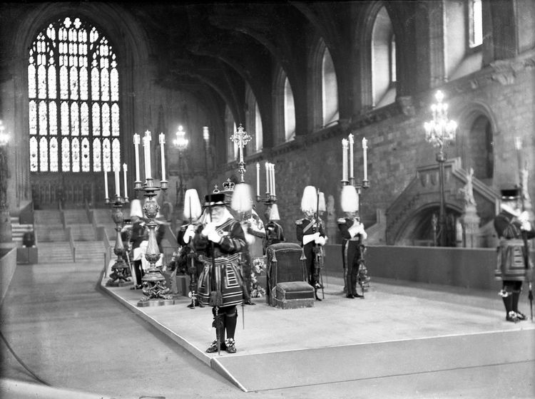 Edward VII lying in state, Westminster Hall, 1911