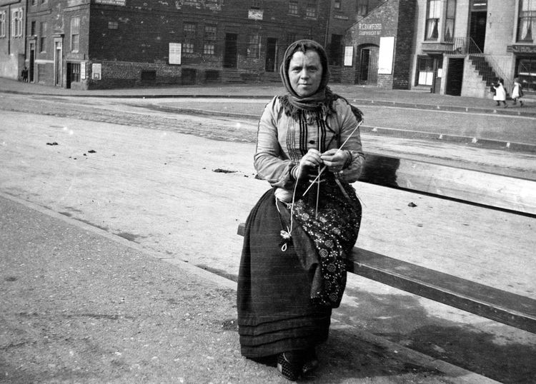 Jessie Galloway, 'Scotch fisher girl', Scarborough, 1905
