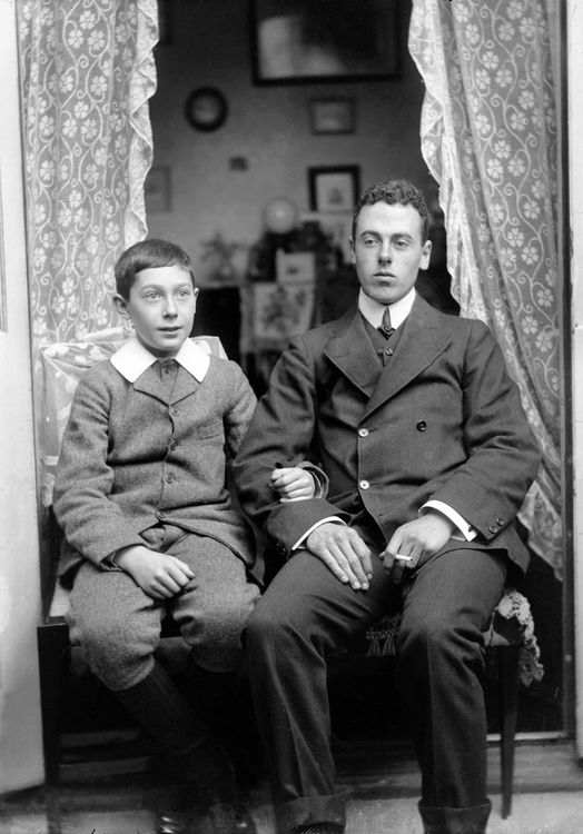 Portrait of two brothers c.1902