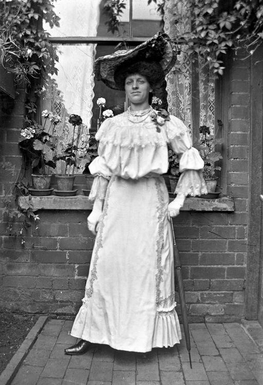 Portrait of a woman c.1903