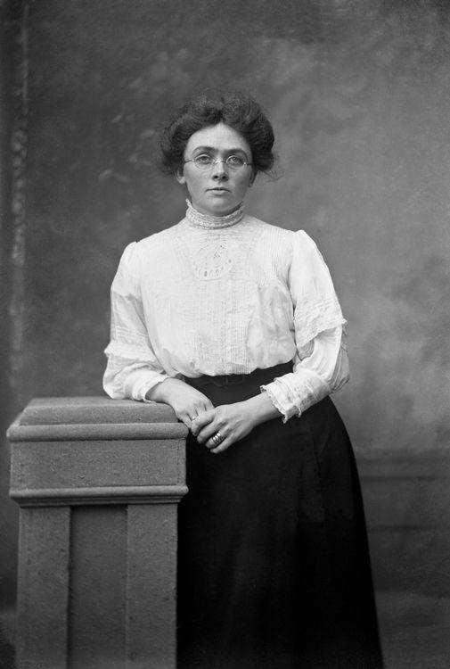 Portrait of a woman, Wales c.1905