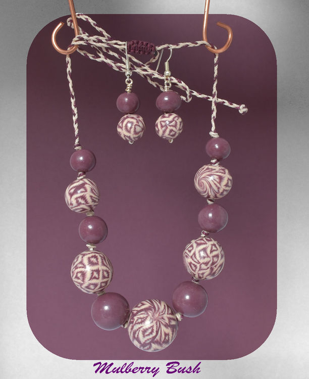 """""""Mulberry Bush"""" Poly-Mac Necklace & Earrings (16655925]"""