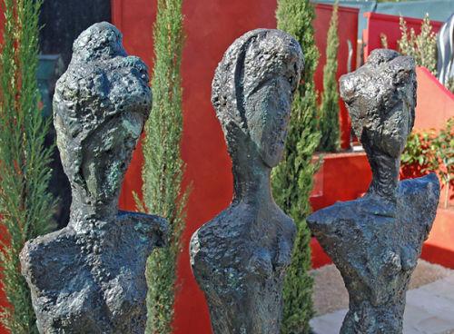 """The Three Grace"" (heads)"