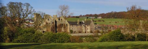 Aberdour Castle - spring