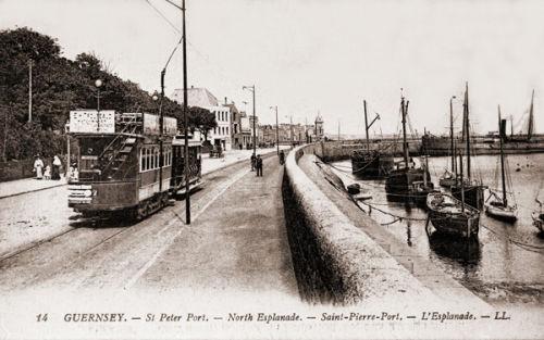 North Esplanade & Tram.