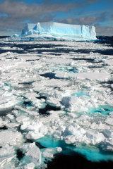 MH0007 Blue Ice