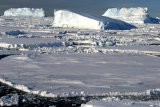 MH0021 Prydz Bay Icebergs