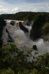 MH0048 Barron falls in flood RS