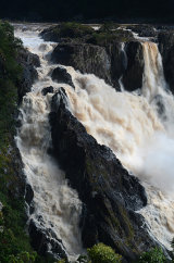 MH0070 Barron Falls in flood RS