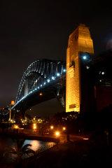 MH0101 Sydney Harbour 1 RS