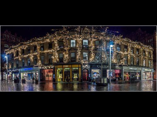 Buchanan street at night