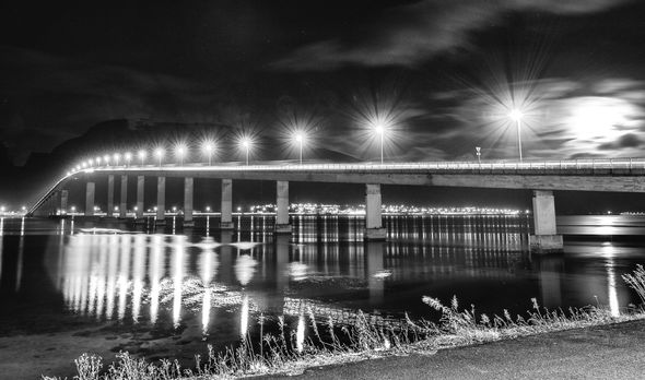 3rd#PeteSorrell#Bridge lights