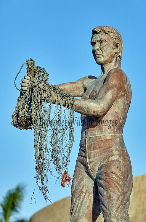 Statue of Fisherman in Mexico