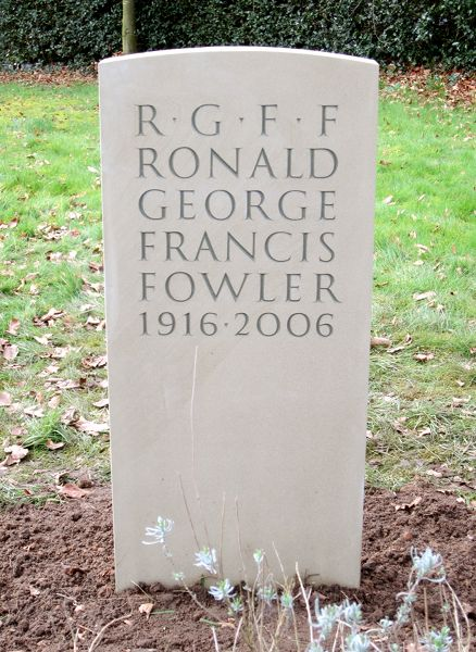Headstone to Ronald Fowler
