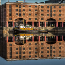 Albert dock reflections